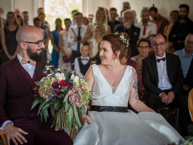 Le mariage de Rémy et Sophie à Belvès-de-Castillon, Gironde 3