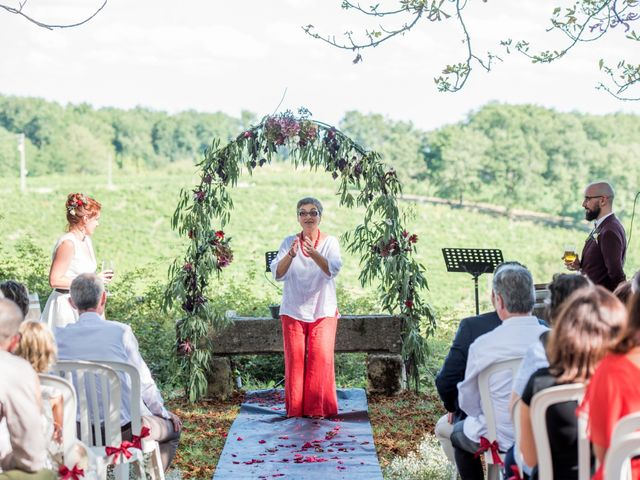 Le mariage de Rémy et Sophie à Belvès-de-Castillon, Gironde 26
