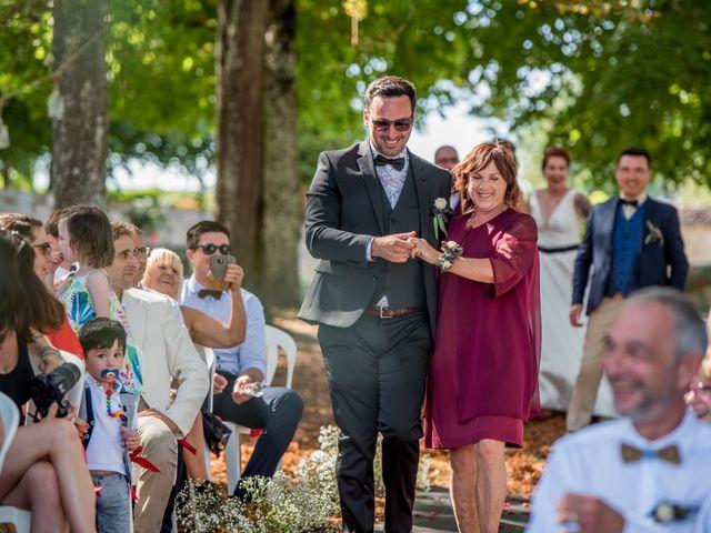 Le mariage de Rémy et Sophie à Belvès-de-Castillon, Gironde 37