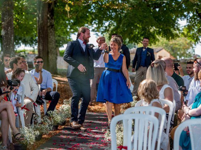 Le mariage de Rémy et Sophie à Belvès-de-Castillon, Gironde 40