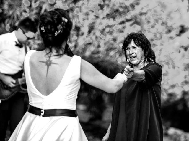 Le mariage de Rémy et Sophie à Belvès-de-Castillon, Gironde 49