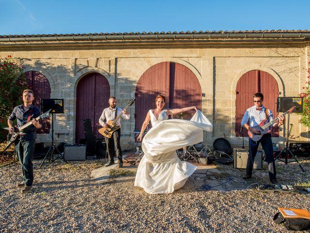 Le mariage de Rémy et Sophie à Belvès-de-Castillon, Gironde 52