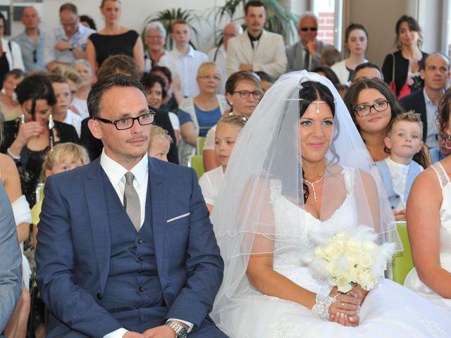 Le mariage de Jérémy et Lauriane à Mondeville, Calvados 7