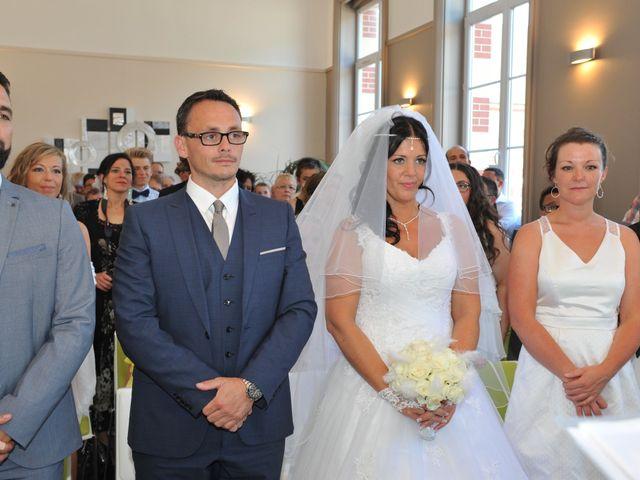 Le mariage de Jérémy et Lauriane à Mondeville, Calvados 8