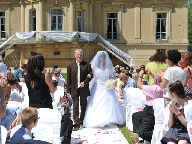 Le mariage de Jérémy et Lauriane à Mondeville, Calvados 17