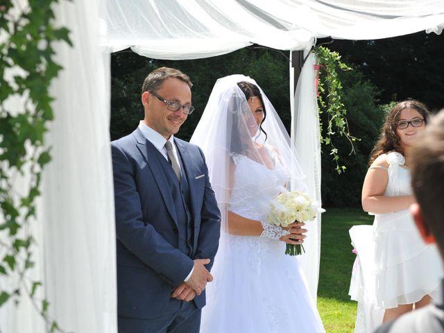 Le mariage de Jérémy et Lauriane à Mondeville, Calvados 19