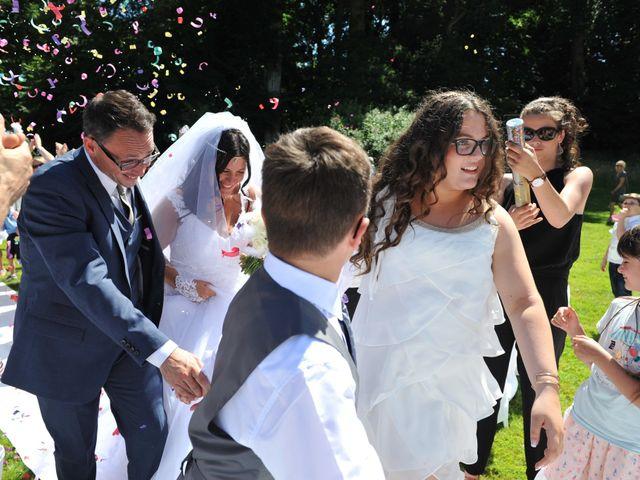 Le mariage de Jérémy et Lauriane à Mondeville, Calvados 23