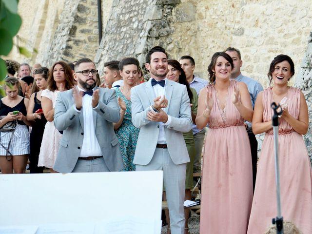 Le mariage de Julien et Julia à Châteauneuf-du-Pape, Vaucluse 69