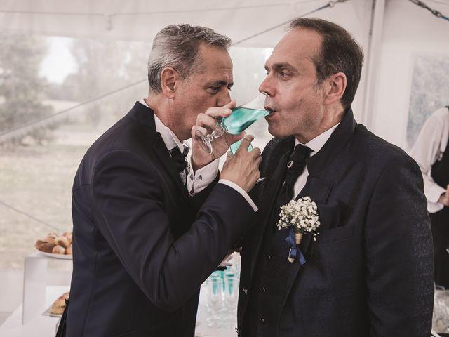 Le mariage de Laurent et Philippe à La Chapelle-Gauthier, Seine-et-Marne 44