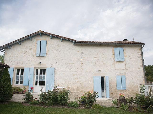Le mariage de Benjamin et Amélie à Fontaine-Chalendray, Charente Maritime 3