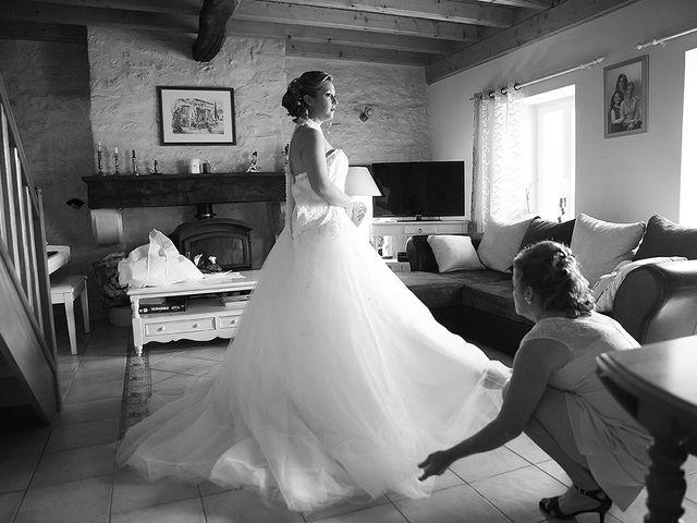 Le mariage de Benjamin et Amélie à Fontaine-Chalendray, Charente Maritime 20