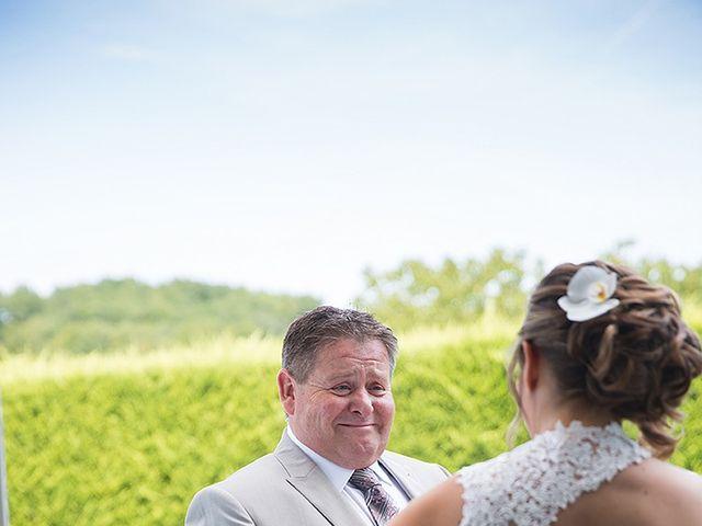 Le mariage de Benjamin et Amélie à Fontaine-Chalendray, Charente Maritime 23