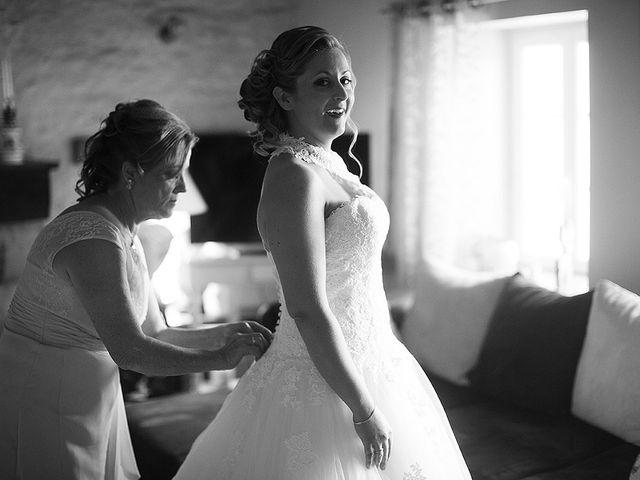 Le mariage de Benjamin et Amélie à Fontaine-Chalendray, Charente Maritime 32