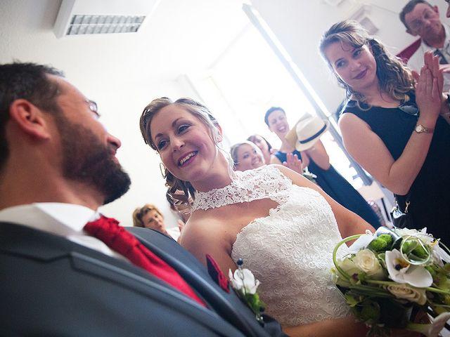 Le mariage de Benjamin et Amélie à Fontaine-Chalendray, Charente Maritime 37