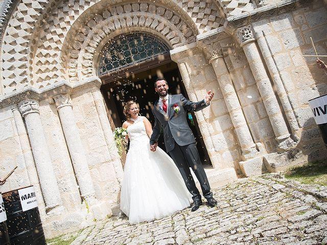 Le mariage de Benjamin et Amélie à Fontaine-Chalendray, Charente Maritime 56