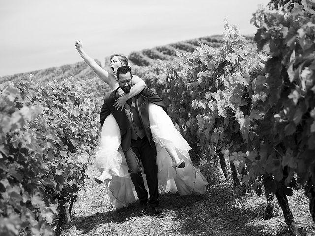 Le mariage de Benjamin et Amélie à Fontaine-Chalendray, Charente Maritime 104