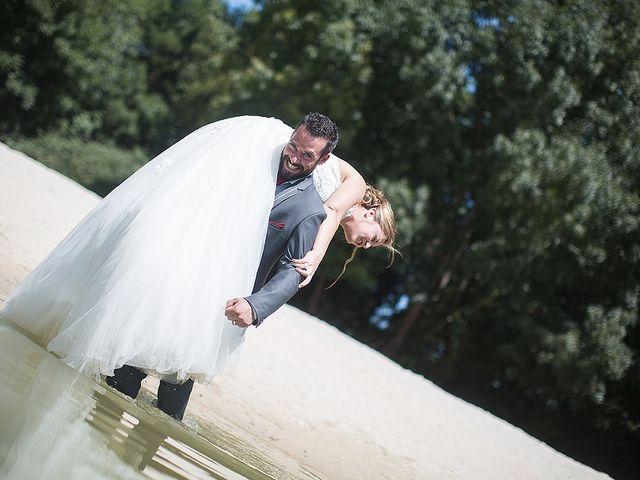 Le mariage de Benjamin et Amélie à Fontaine-Chalendray, Charente Maritime 115