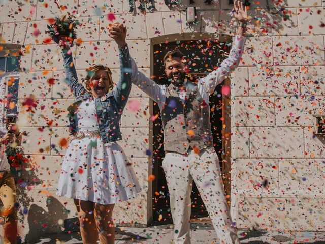 Le mariage de Sébastien et Marie à Maroilles, Nord 32