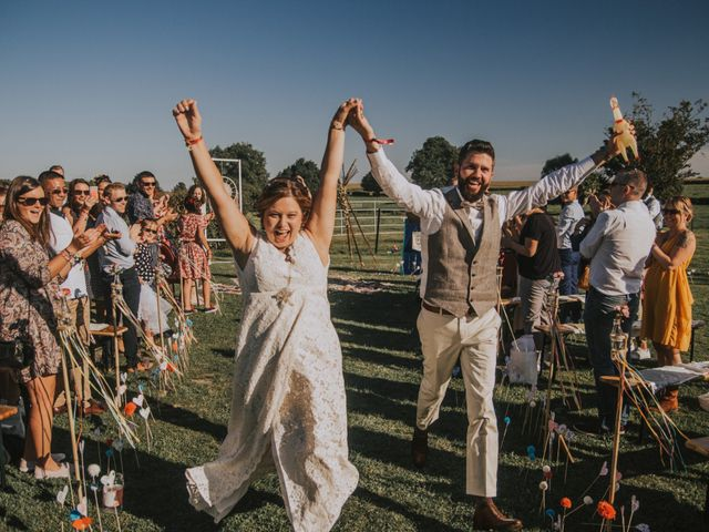 Le mariage de Sébastien et Marie à Maroilles, Nord 208