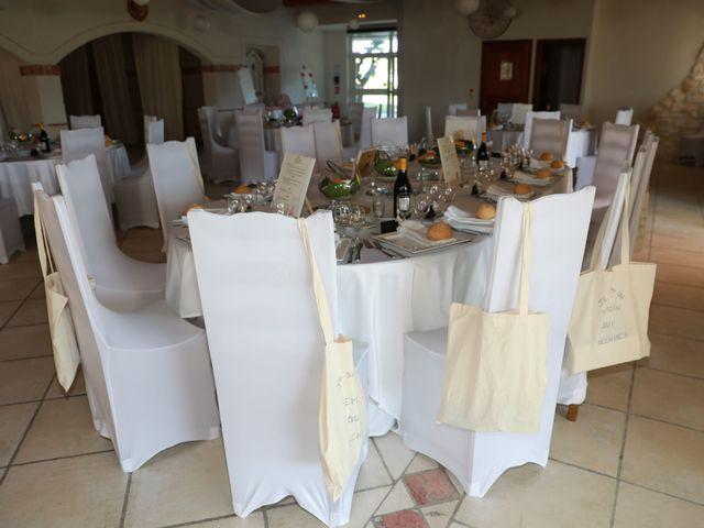 Le mariage de Julien et Pamela à Comps, Gard 14