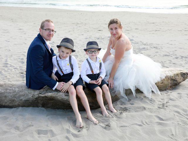 Le mariage de Julien et Pamela à Comps, Gard 52