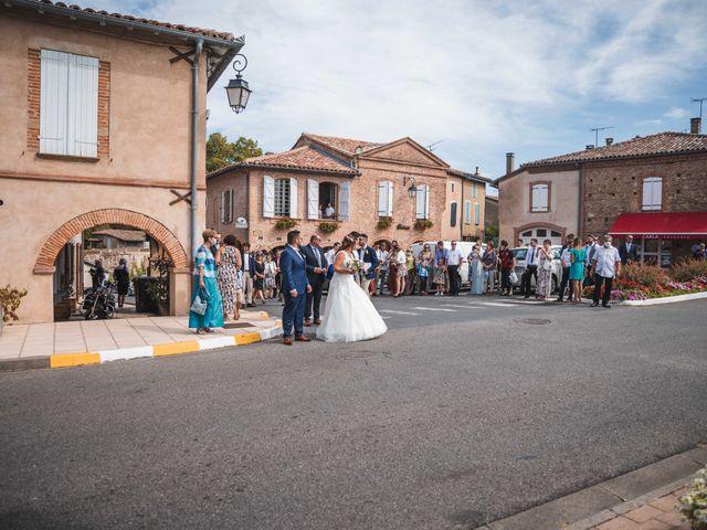 Le mariage de Solènne et Matthieu à Giroussens, Tarn 16
