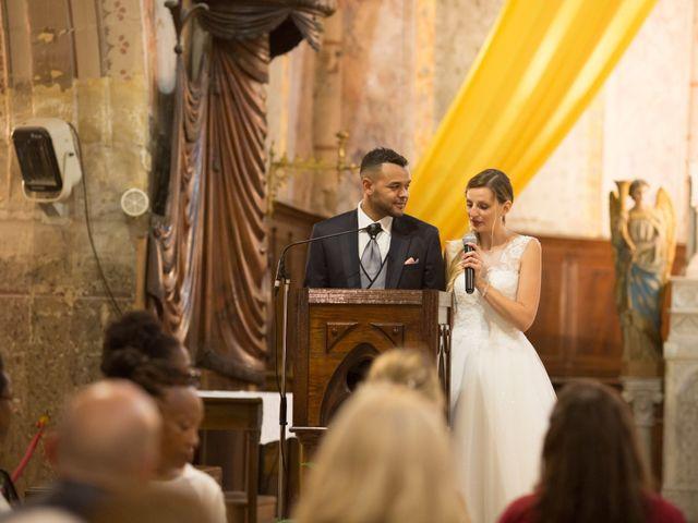 Le mariage de Jeremy et Chloe  à Le Luc, Var 28