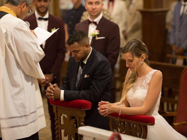 Le mariage de Jeremy et Chloe  à Le Luc, Var 30