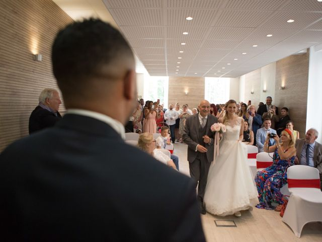 Le mariage de Jeremy et Chloe  à Le Luc, Var 43