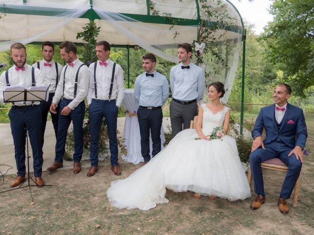 Le mariage de Geoffrey et Sonia à Lussas, Ardèche 27
