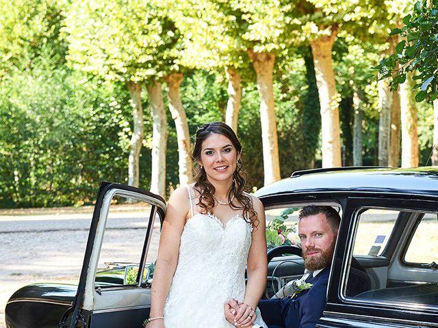 Le mariage de Rémi et Laura à Gien, Loiret 10