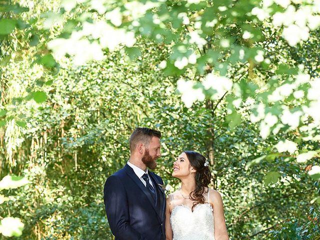 Le mariage de Rémi et Laura à Gien, Loiret 12