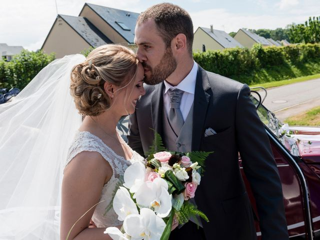 Le mariage de Jérémy et Charlotte à Bayeux, Calvados 16