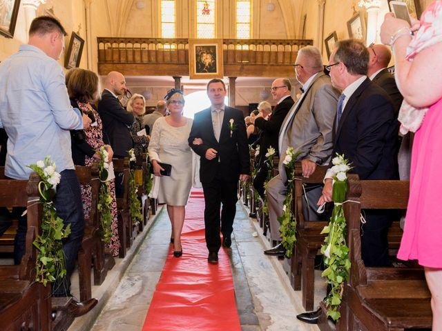 Le mariage de Jérémy et Charlotte à Bayeux, Calvados 32