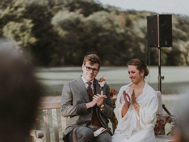Le mariage de Thibault et Marine à Huisseau-sur-Cosson, Loir-et-Cher 32