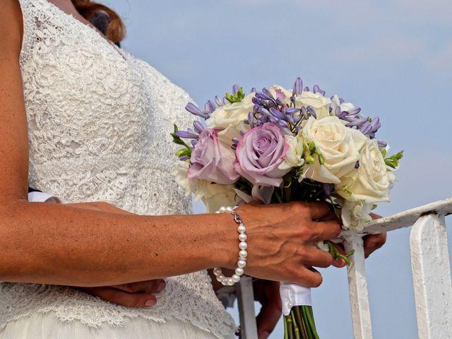 Le mariage de Ferdinand et Ileana à Le Pradet, Var 12