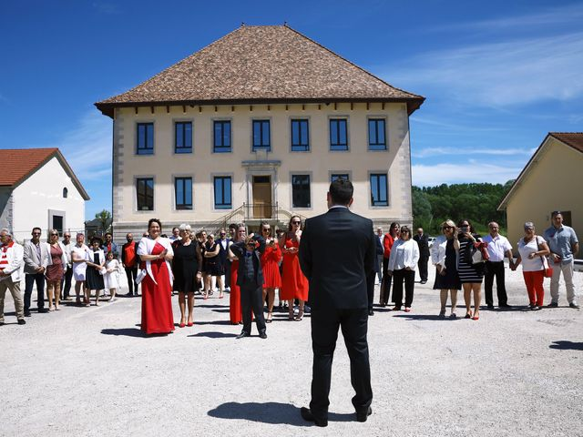 Le mariage de Romain et Coraline à Grandvillars, Territoire de Belfort 20