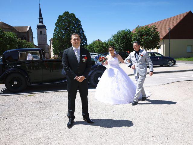 Le mariage de Romain et Coraline à Grandvillars, Territoire de Belfort 22