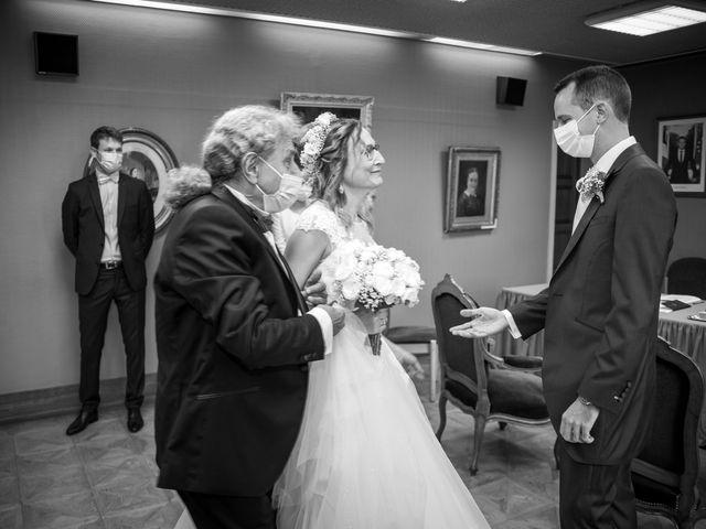 Le mariage de Eric et Alessandra à Provins, Seine-et-Marne 13
