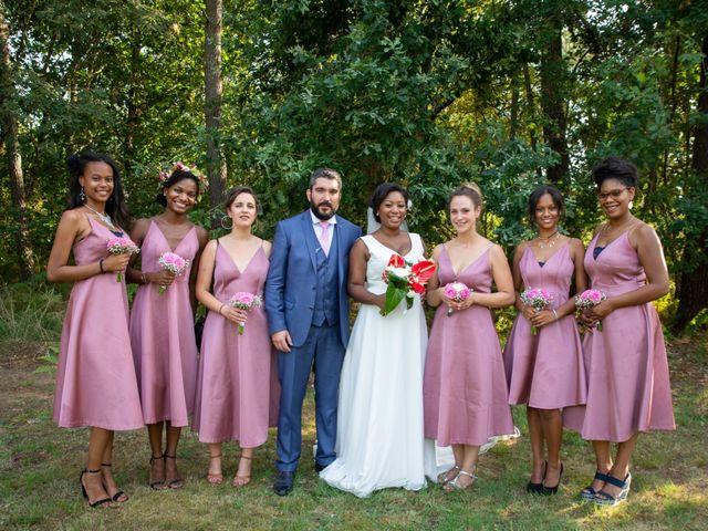 Le mariage de Antoine et Darlie à Luglon, Landes 21
