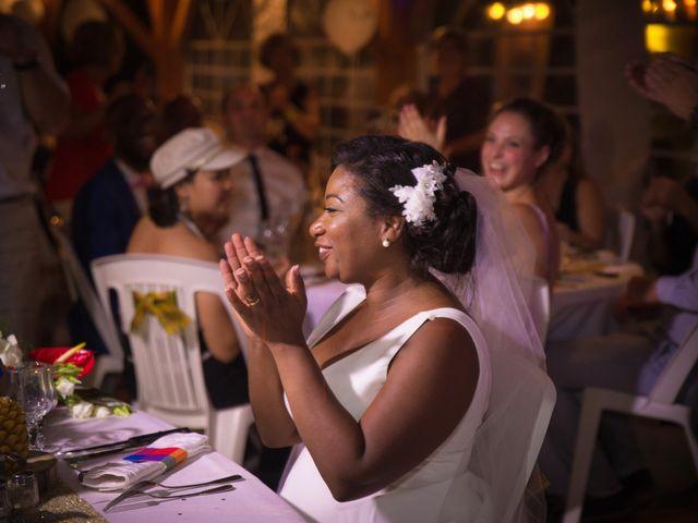 Le mariage de Antoine et Darlie à Luglon, Landes 32