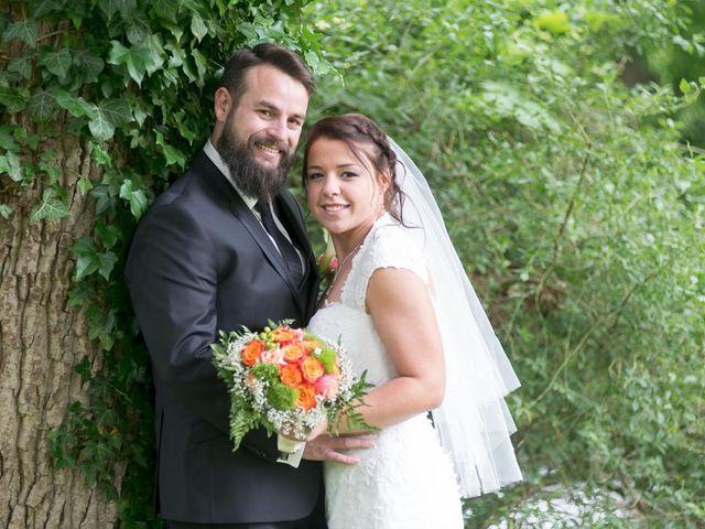Le mariage de Cédric et Caroline à Hondouville, Eure 9