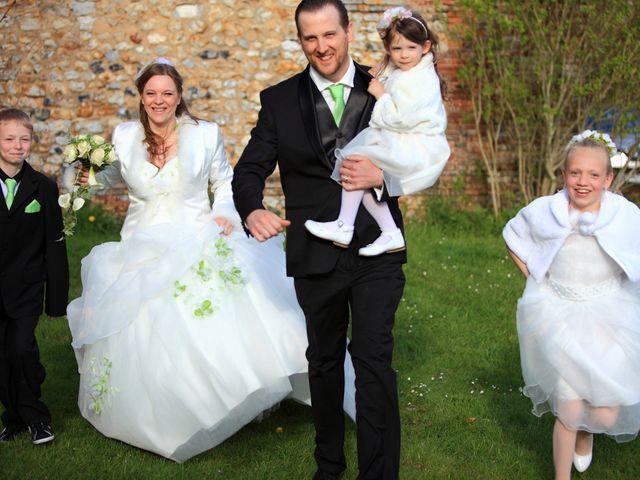 Le mariage de Mathias et Elodie à Rosny-sur-Seine, Yvelines 58