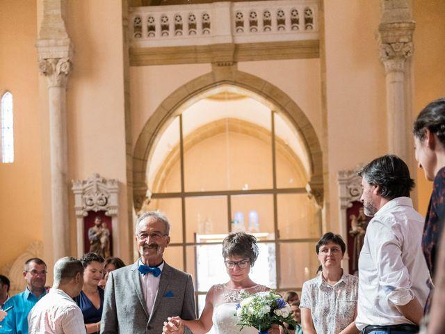 Le mariage de Jean-François et Elodie à Bully, Rhône 5