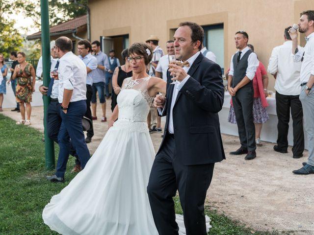 Le mariage de Jean-François et Elodie à Bully, Rhône 14