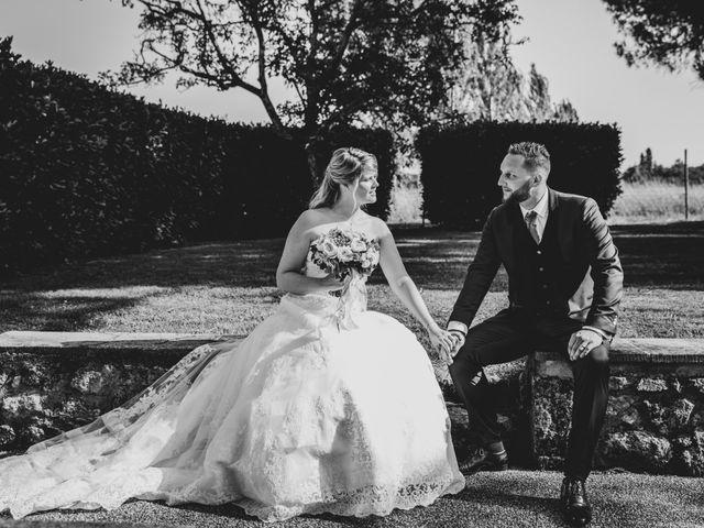 Le mariage de Camille et Marion à Saint-Médard-en-Jalles, Gironde 2