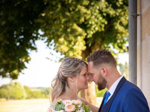 Le mariage de Camille et Marion à Saint-Médard-en-Jalles, Gironde 1