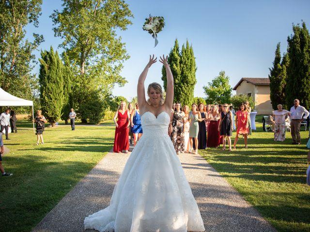 Le mariage de Camille et Marion à Saint-Médard-en-Jalles, Gironde 38