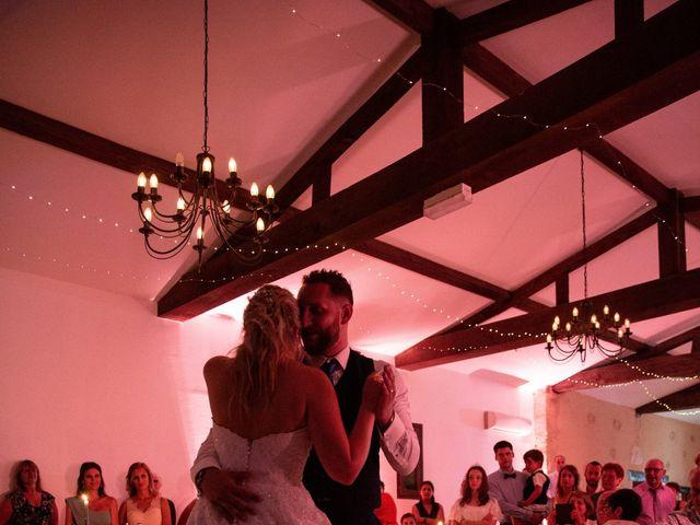 Le mariage de Camille et Marion à Saint-Médard-en-Jalles, Gironde 55