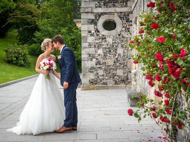 Le mariage de Thomas et Hélène à Rouxmesnil-Bouteilles, Seine-Maritime 25